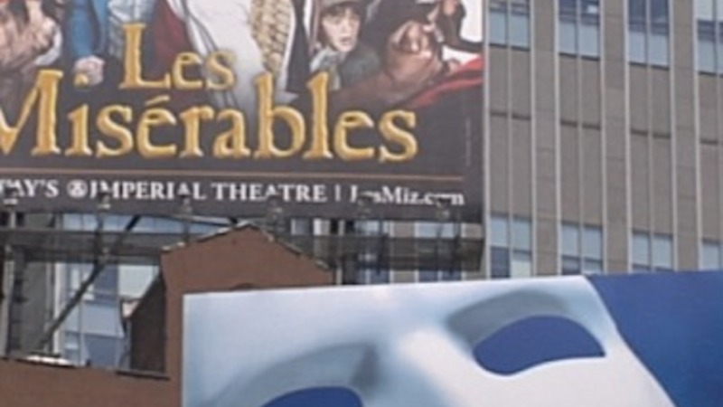Record crowds flock to Broadway