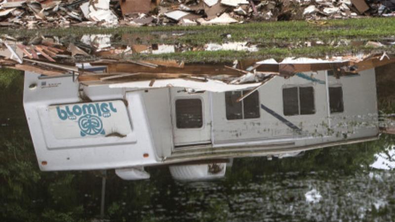 Hundreds evacuated in Texas flooding