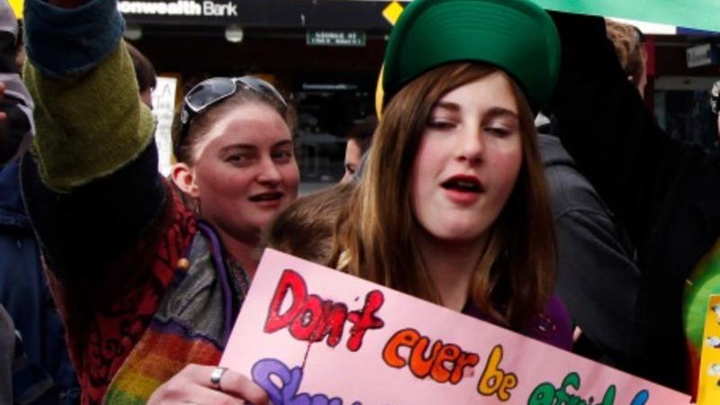 Australia mulls same-sex marriage
