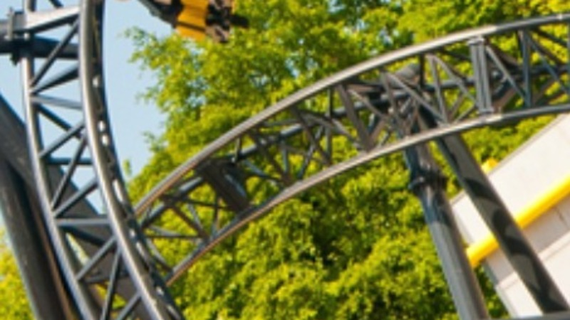 4 seriously hurt in rollercoaster crash