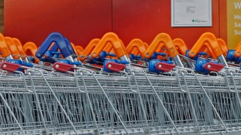 Sainsbury's suffers from food price war