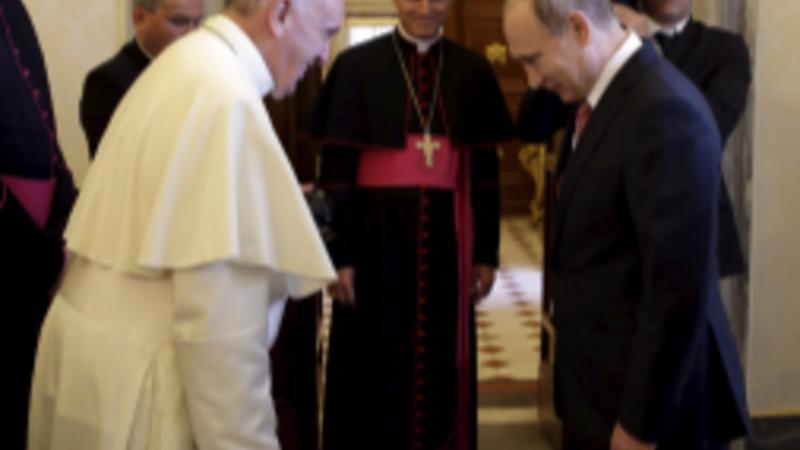 EU sanctions loom over Putin in Italy