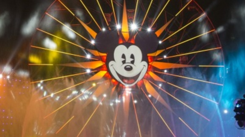 Disney woos mom bloggers