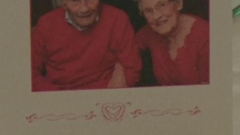 British couple become oldest newlyweds