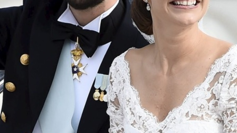 Swedish prince marries model bride