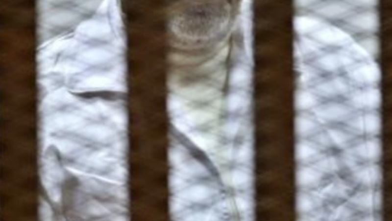 Egypt court sentences Mursi to death