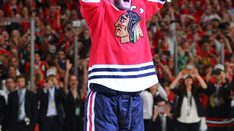 Blackhawks defeat Lightning to win Stanley Cup