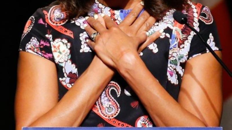 Michelle Obama inspires schoolgirls in London