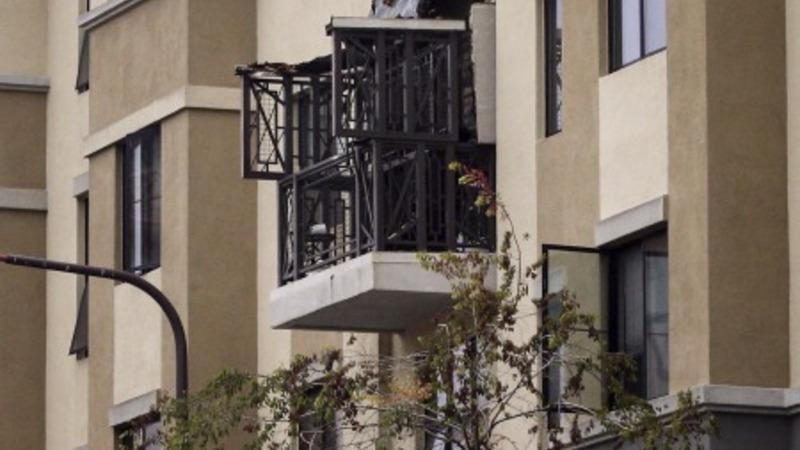 Balcony collapse kills six in California