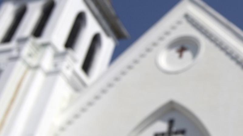 Charleston church holds 'healing service'