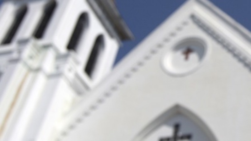 Charleston church holds 'healing service'
