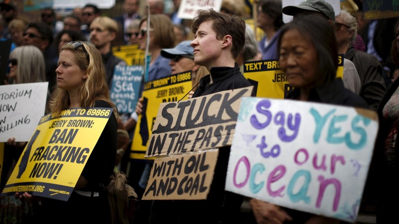 Britain protests ahead of fracking vote