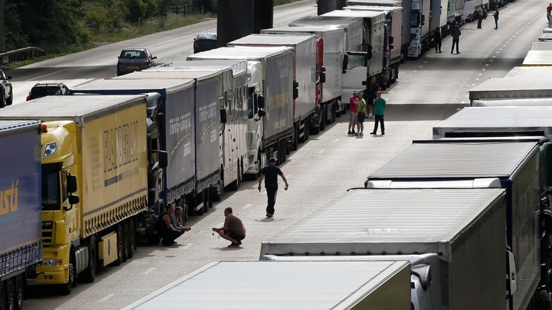 UK border bolstered after Calais chaos