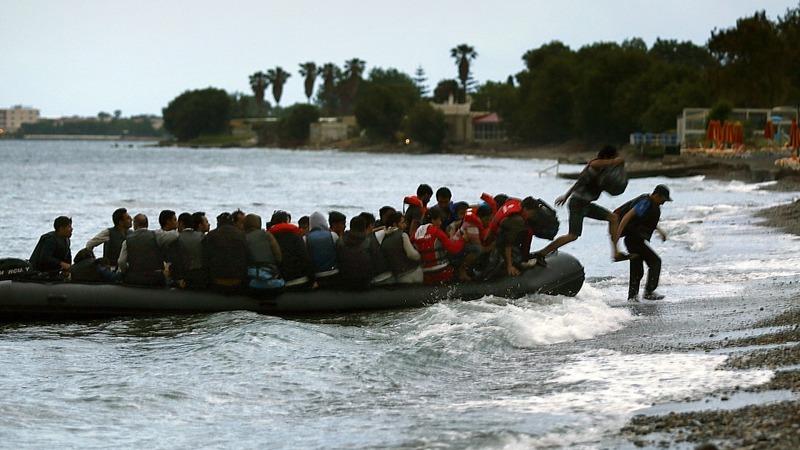 EU leaders agree on migrant plan