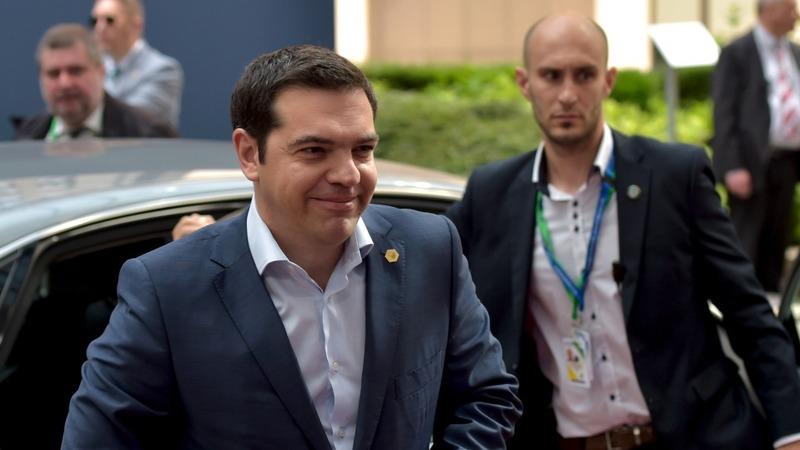 EU dangles financing before Greece's Tsipras