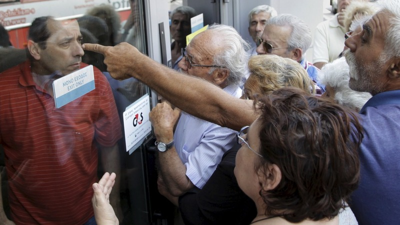 Cash chaos in Greece