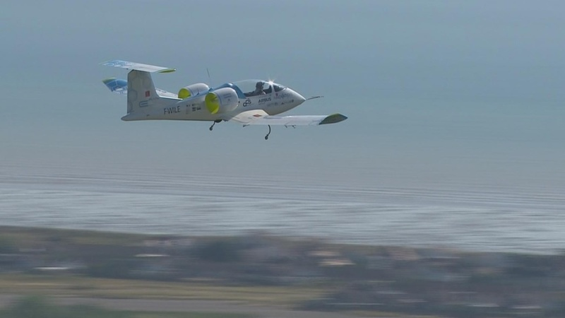 First electric plane crosses the Channel