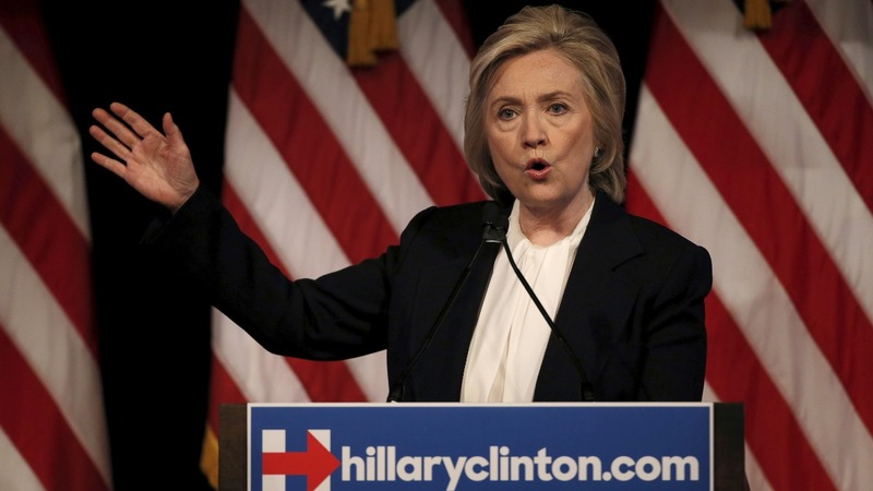 Clinton casts herself as middle-class hero