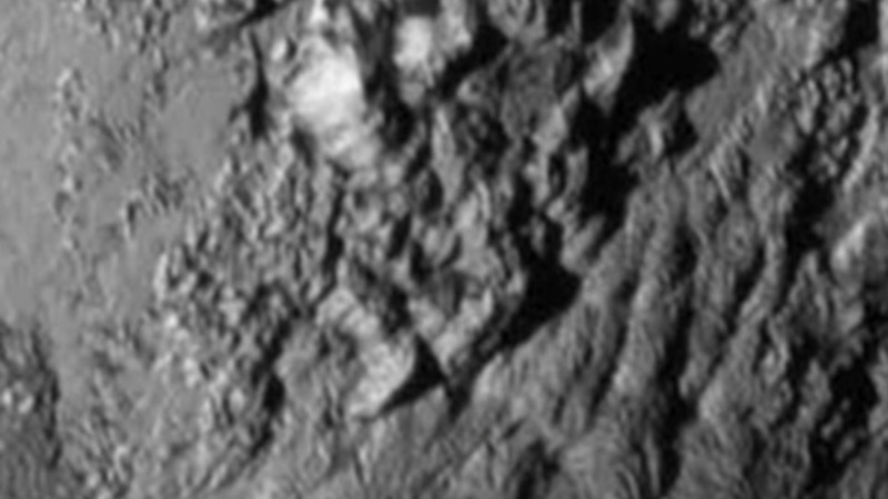 Huge ice mountains discovered in Pluto close-up