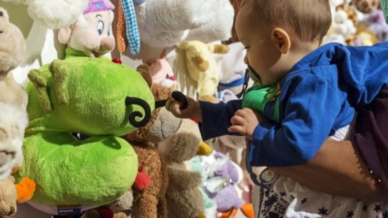 Toys to remember children on board MH17