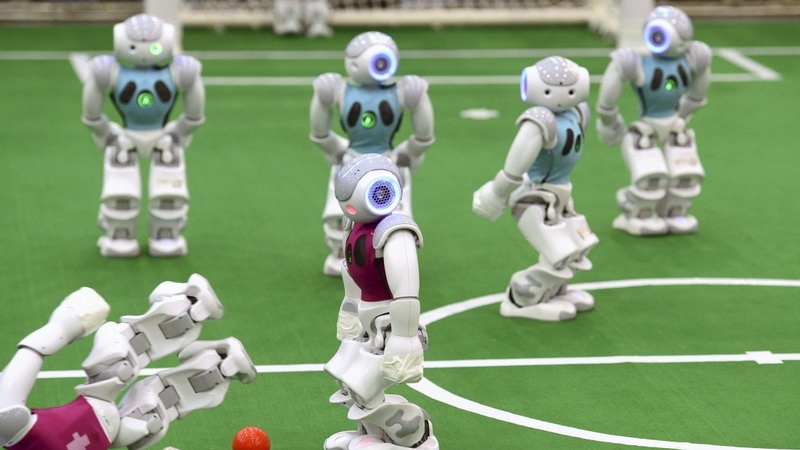 Robots play football friendlies in China