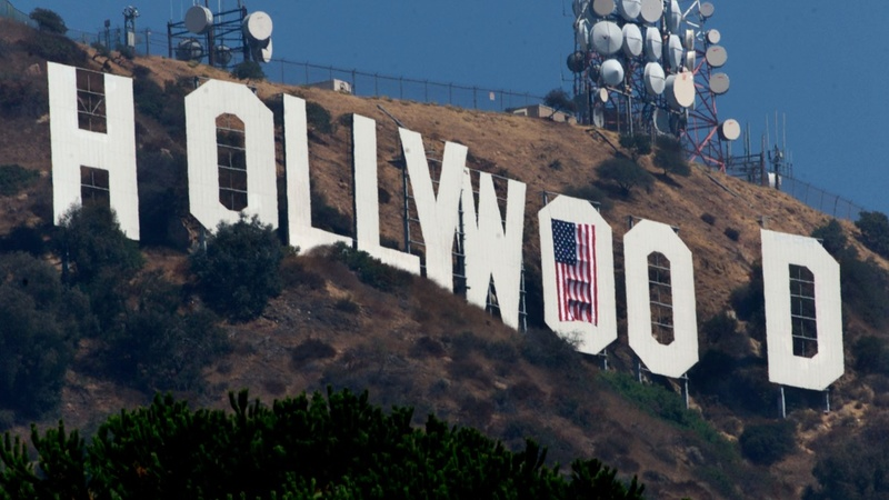 EU takes on Hollywood over pay-TV