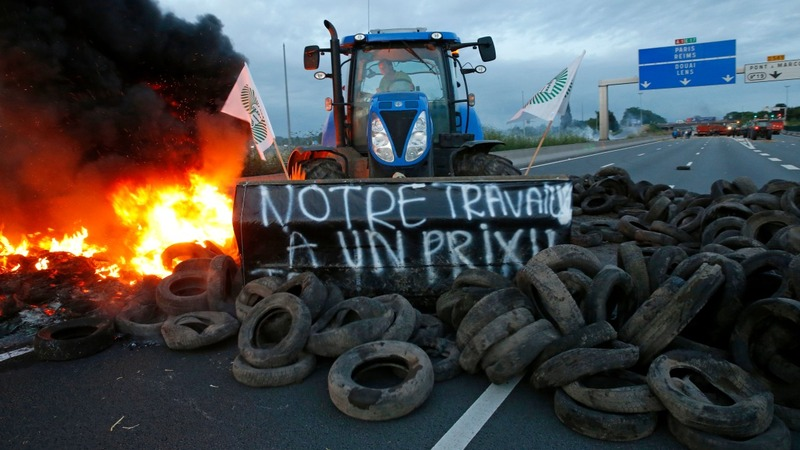 France digs deep for angry farmers