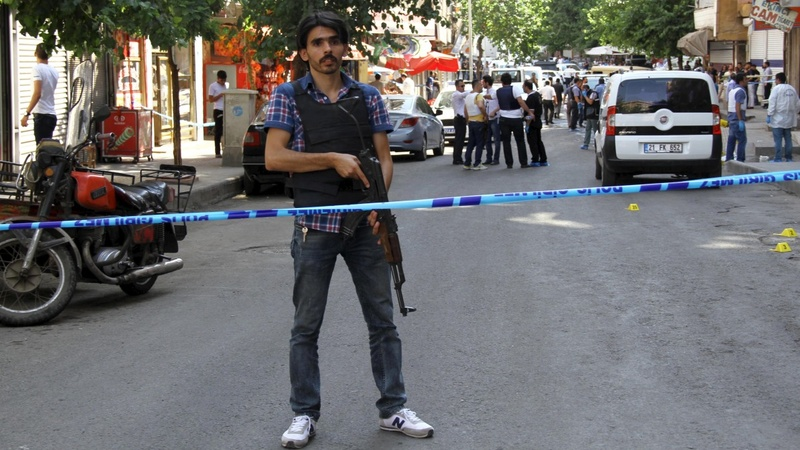 Turkish soldier dies in border firefight