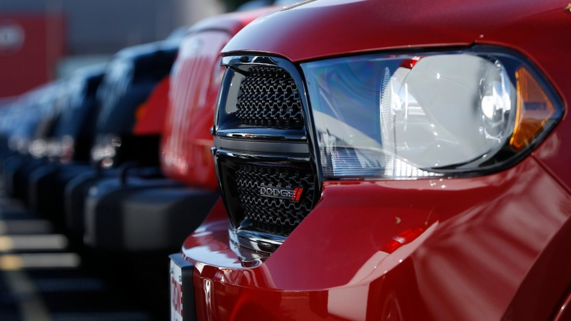Auto hack fears spark Fiat Chrysler recall