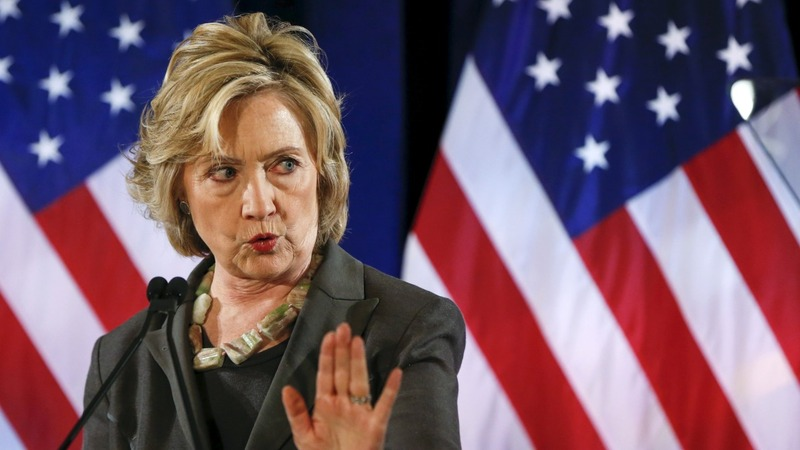 Hillary Clinton stands up to Wall Street