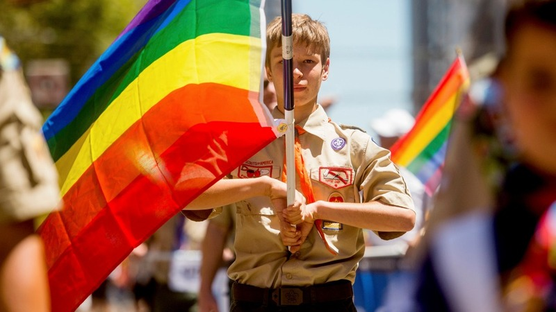 Boy scouts set to end ban on gay leaders