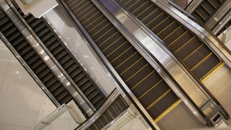 Escalator death sparks online furor in China