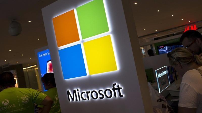 Microsoft launches Windows 10