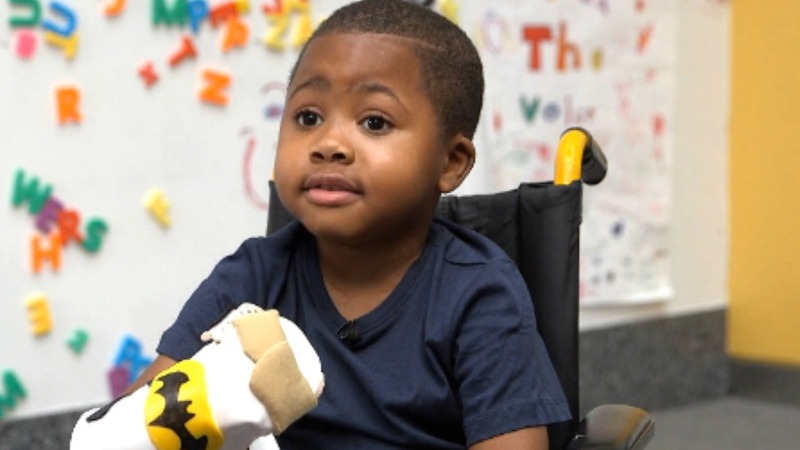 8-year-old receives double hand transplant