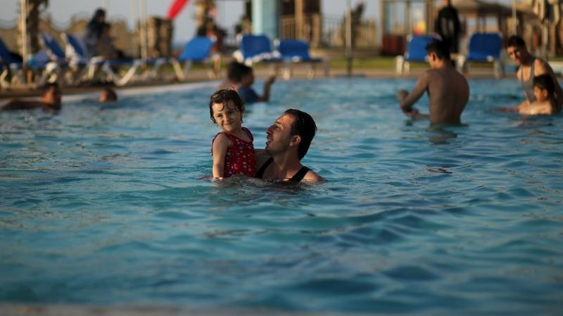 Luxury hotel opens amidst rubble in Gaza