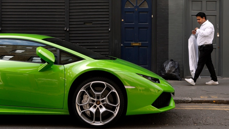 London cracks down on supercar show-offs