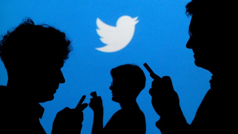 Twitter slumps to record low