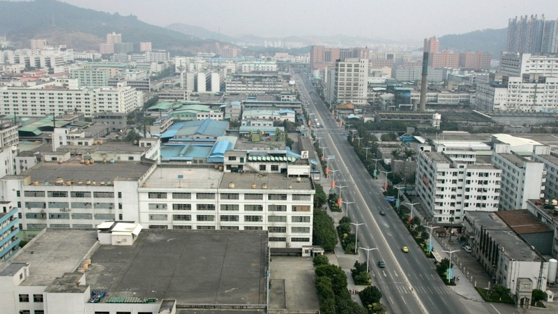 Smuggling rings help power China's factories