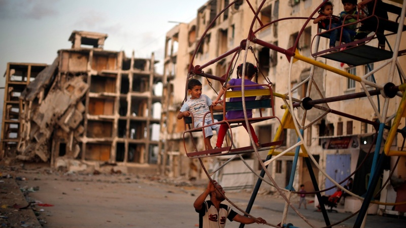 Gaza artist remembers child victims