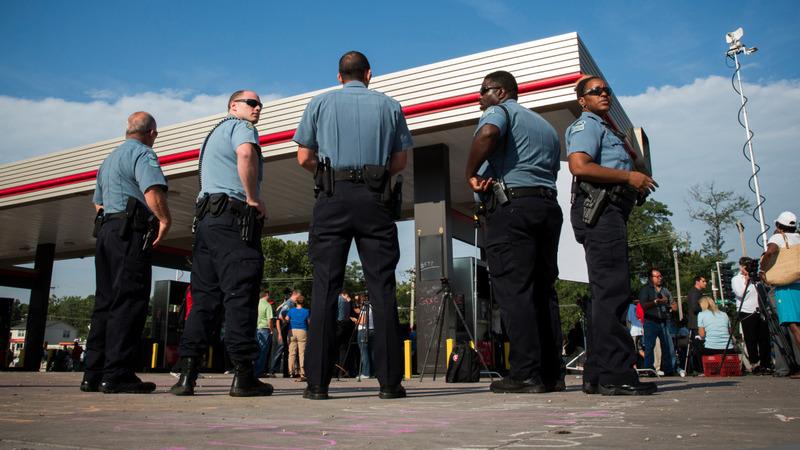 Ferguson struggles to hire black cops