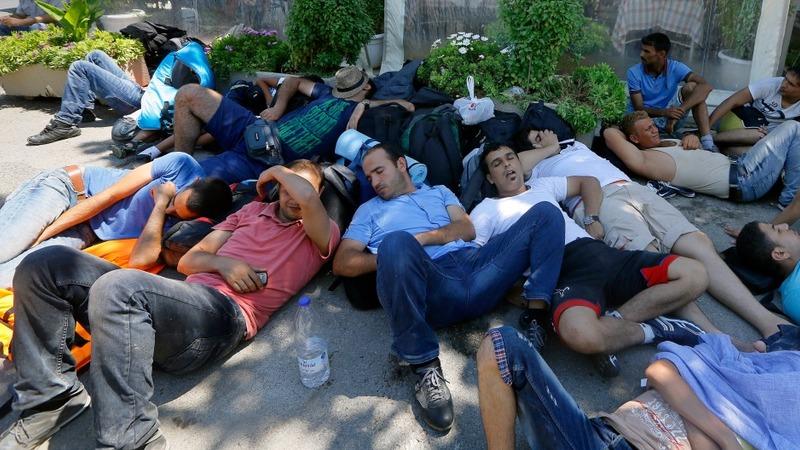 More refugees flood Greek Island