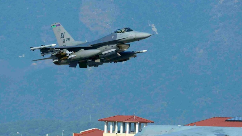 U.S. jets launch airstrikes from Turkey