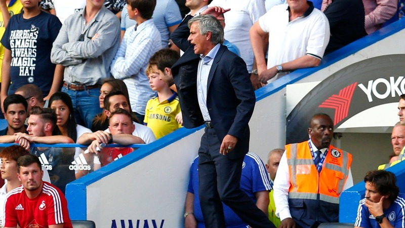Mourinho leaves medics off the bench