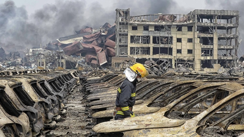 Evacuation confusion at China blast site