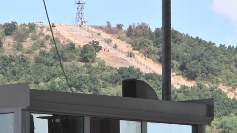 Bulgaria bolsters border to stem migrant influx