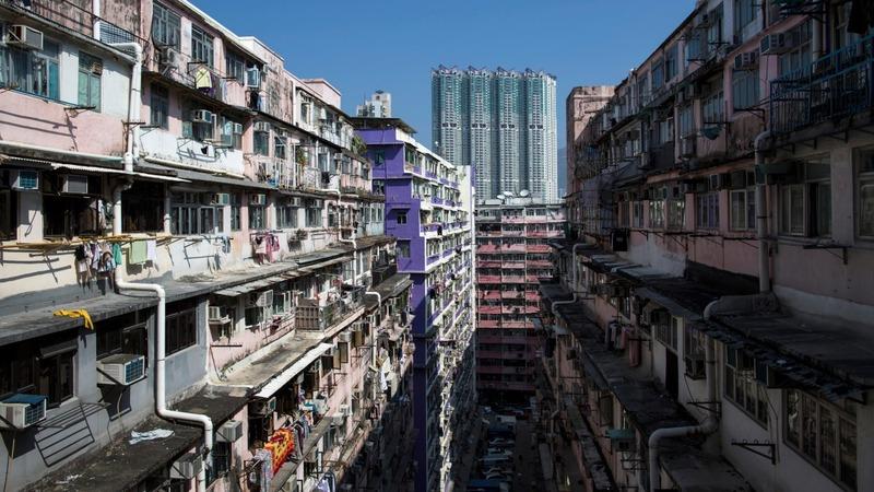 Hong Kong's war on dripping air con units