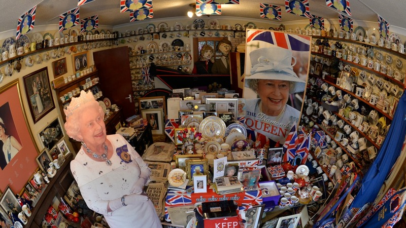 Royal superfan gets set for HRH's record reign