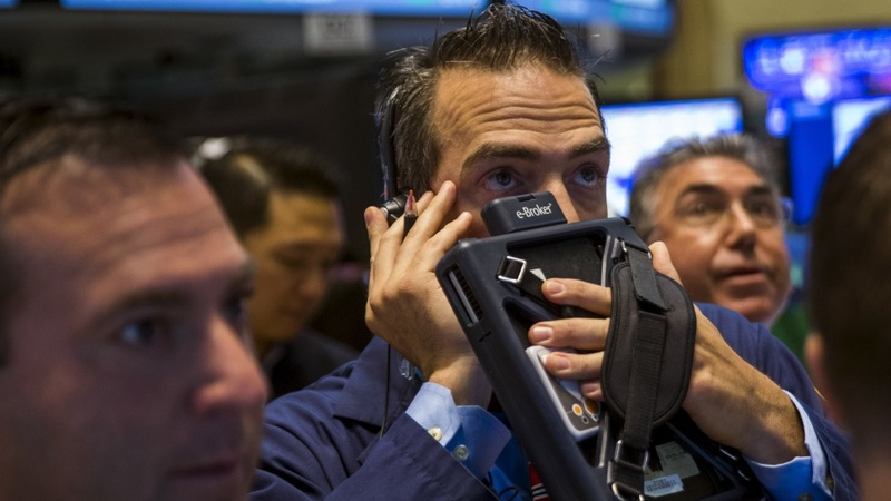 Wall Street rocked by rate hike warning
