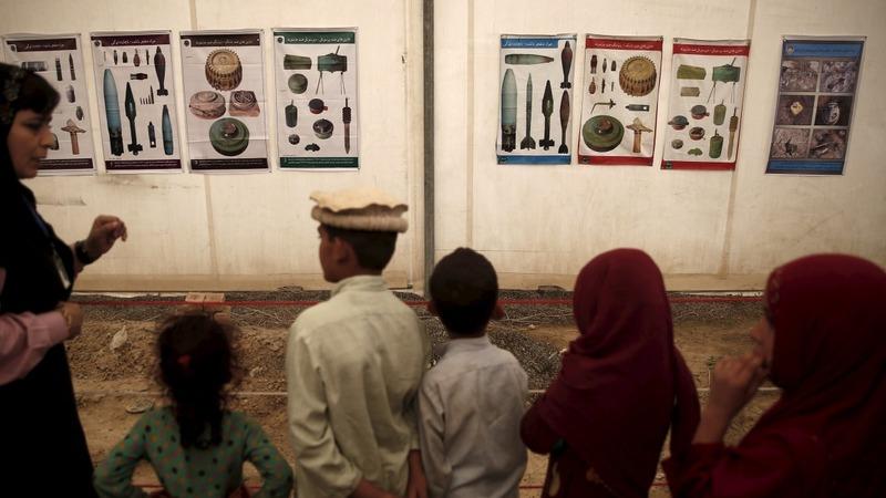 Afghan refugees return home to war