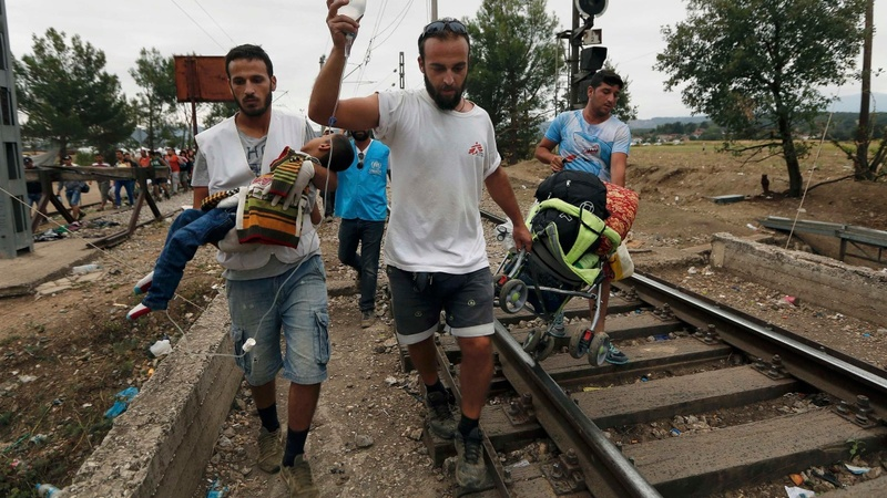 Border chaos as refugees aim north